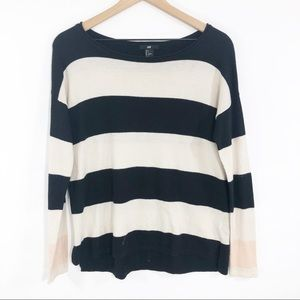 H&M black cream striped long sleeve sweater Small